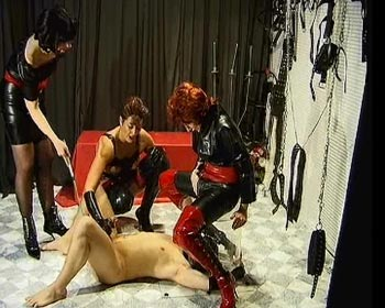 slave rubberslave slave pee on him her rubber