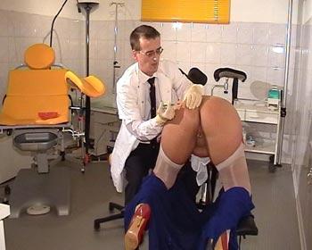 clinic spritze nadeln arsch arschfick anal doktor