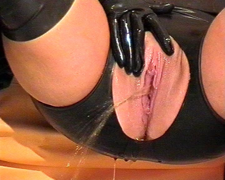 Horny pee games in rubber with my girlfriend