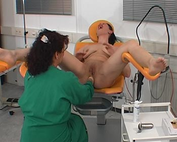 Ass fisting on the gyntable in the clinic