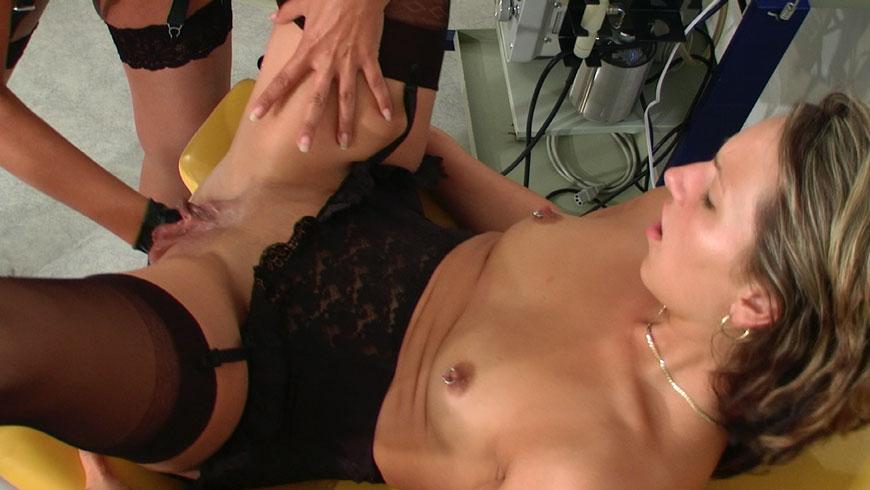 anal poppen upskirt over 18