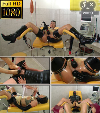 Enema complete in rubber and kinky rubber feet cum