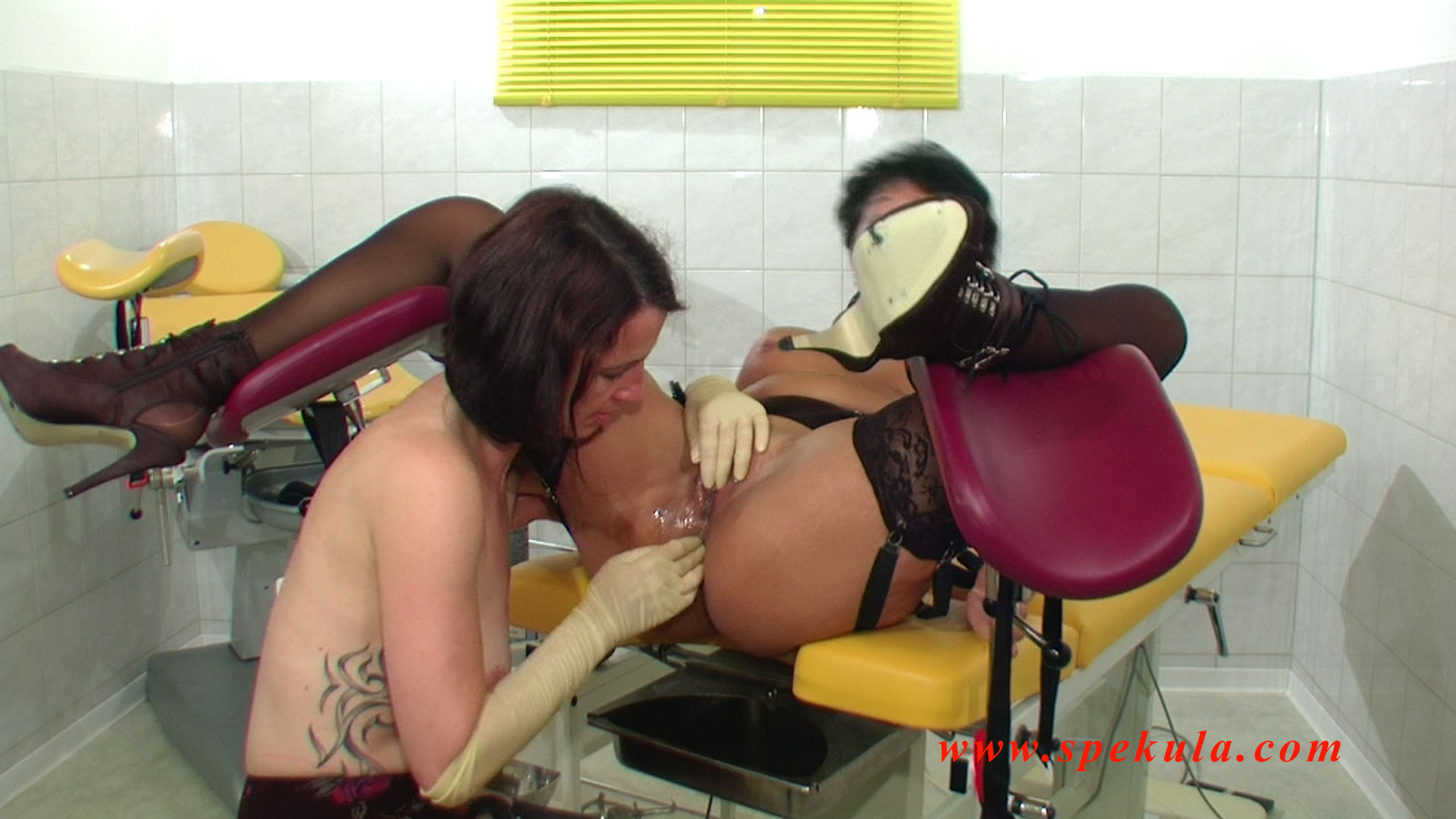 Ffm slut threesome